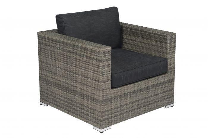 Poltrona-lounge-elegante-Baccarra